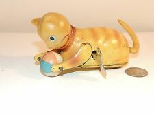 Wind Up Celluloid and metal Cat made in occupied Japan (8084)