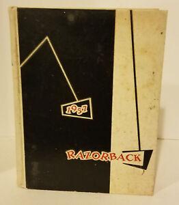 UNIVERSITY OF ARKANSAS 1957 YEARBOOK ANNUAL RAZORBACKS HOGS!