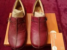 Clarks Women's Shoes Unstructured Un.Buckle Leather Slip On Loafer Red Maroon