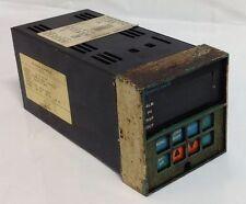 HONEYWELL * TEMPERATURE DIGITAL CONTROLLER * DC3005-0-000-1-FM-0111