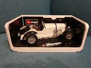 1:18 Mercedes Benz SSKL (1932) - Burago Die Cast - always displayed in box