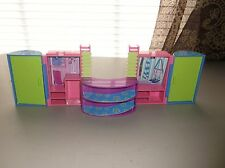 2004 Polly Pocket Fold out Walk In Wardrobe Closet
