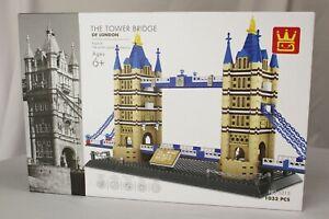 The Tower Bridge Of London 1033 pc Building Block Set