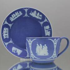 Wedgwood: Tasse in Jasperware Blau Reliefs Griechische Mythologie dip blue cup