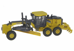 John Deere 872GP Road Grader - 1/50 scale