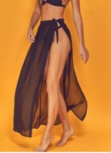 Wolf & Whistle DENA WRAP BEACH SKIRT BLACK