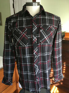 Icebreaker Lodge Shirt Men's Sz S 100% Merino Wool L/S Black/Red Plaid O3801B