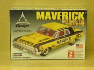 1:25 MAVERICK 1964 DODGE 330 SUPER STOCK Lindberg 72174