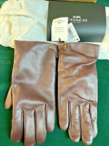 NEW WITH TAG COACH LADIES SHORT BURGUNDY LEATHER TECH GLOVES SIZE 7 1/2  $98