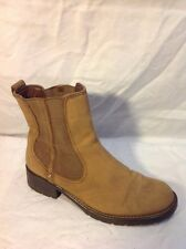 Clarks Beige Ankle Leather Boots Size 5D
