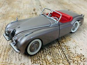 DANBURY MINT 1/24 SCALE 1949 JAGUAR XK 120 DIECAST CAR MODEL