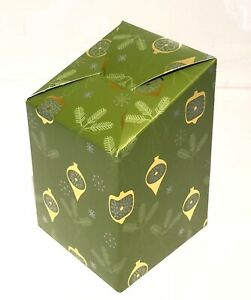 NEW CHRISTMAS Gift Box, Flat Packed. * GREEN AND GOLD GIFT WRAP*