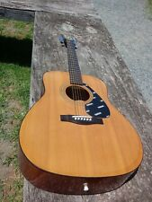 Yamaha FG-402 Accoustic Guitar