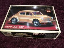 Vintage IMAI Renault 4CV Car Model Kit no. B-949-70 1/20 Scale Unbuilt Complete