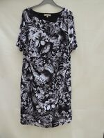 Anthology bold floral short sleeve lined stretch material dress Size 26
