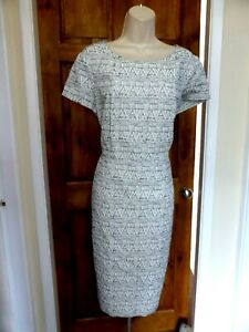 Pretty cream and grey shift style dress from Next size 18