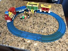 Vintage FISHER PRICE PLAY FAMILY CIRCUS TRAIN 991 W/Figures Animals Custom Track