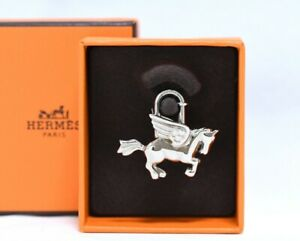 Hermes Cadena Silver Pegasus Horse Motif bag charm lock R665