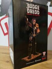 "Judge Dredd 12"" Muckle mannequin Resin Statue-DREDD VS DEATH-Entièrement NEUF dans sa boîte"