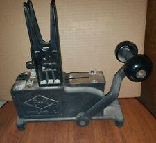 B&K Floral Stemming Pick Machine, black cast iron, very nice!