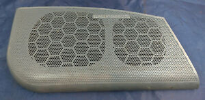 1996 BUICK RIVIERA 3.8 SUPERCHARGED. PASSENGER RH RIGHT HAND SPEAKER COVER OEM