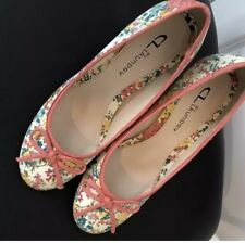 CL BY LAUNDRY FLORAL PUMPS SIZE 10