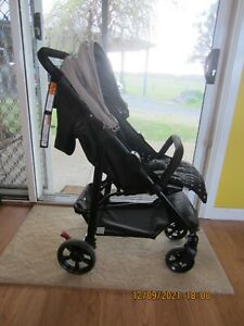 Mothers choice Grace 4 wheel stroller. in good used condition 019954