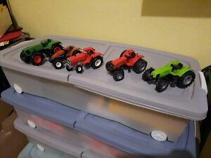 lot de 5 Tracteurs divers 1/32  siku  a voir