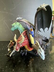 Aspect of Tiamat HUGE miniature War of the Dragon Queen