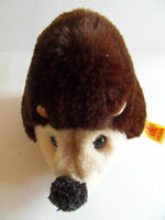 Steiff porcupine  hedgehog with  button flag made in  Germany 506