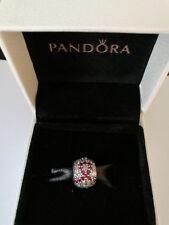 Auténtica s925 Ale investigaciones sobre el cáncer Pave bola encanto Pandora Collection