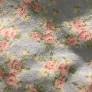 """2 1/3 Yds MBT Baby Blue 1/4"""" Pink Roses Soft Cot 44W Flannel Fabric"""
