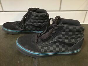 Youth boys Vans high top shoes size 4, black/gray/blue