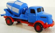 WIKING NEW HO 1/87 Henschel 2-axle Cement Mixer Truck in Blue, White & Red