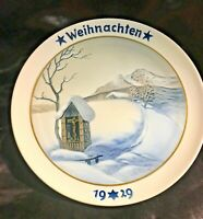 * VINTAGE ROSENTHAL CHRISTMAS COLLECTOR PLATE - WEIHNACHTEN 1929 Outhouse
