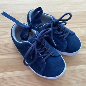 NWOT JANIE AND JACK Navy Suede Sneakers Shoes Size 7 Toddler