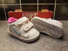 Nike Court Tradition 2 PLUS. Bambini Neonato Scarpe da ginnastica. nella casella Nuovo di zecca. veloce P & P!!!