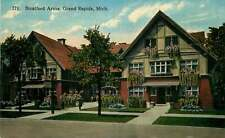 Postcard Stratford Arms, Grand Rapids, Michigan - used 1916