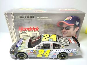 2004 Jeff Gordon #24 DuPont / HMS 20th Anniversary CWB 1:24 NASCAR Action MIB
