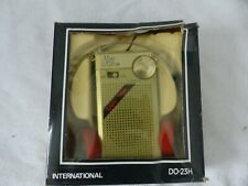 VINTAGE - AM - FM - TRANSISTOR - RADIO - MODEL DO-23 H - FONCTIONNE - A SAISIR