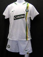 New Nike Celtic Boys Football Kit + FREE Nike Celtic Wristbands Medium Age 5-6