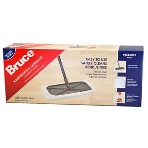 Bruce Hardwood and Laminate Cleaning System Kit (with Terry Cloth Mop Cover)