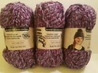 Loops & Thread (3) skeins grade 6 super bulky for hats and scarves color 01307