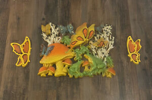 Vintage 1970's Homco Groovy Mushroom Frog Butterfly Hanging Wall Art Plaque 3