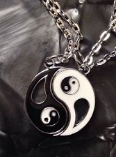 YING & YANG BEST BFF FRIENDS NECKLACE IN GIFT BAG FRIENDSHIP