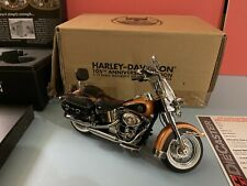 HARLEY-DAVIDSON HERITAGE SOFTAIL CLASSIC 105TH ANNIVERSARY EDITION 1/12 Die cast