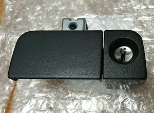 77540-S6A-G01ZC 02-06 ACURA RSX GLOVE BOX LOCK ASSEMBLY GRAPHITE BLACK