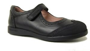 Biomecanics 161121 Brenda School Shoe