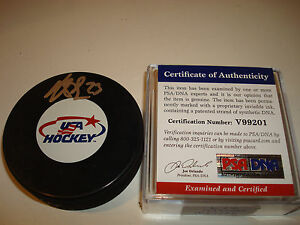 Dustin Brown Signed Team U.S.A. Hockey Puck Autographed PSA/DNA Go LA Kings c