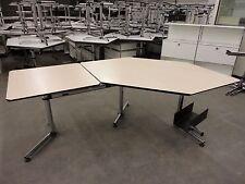 USM Haller Schreibtisch-Winkelkombination / Arbeitsplatz KITOS - Holzdekor hell